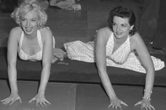 Marilyn Monroe and Jane Russell at Chinese Theater